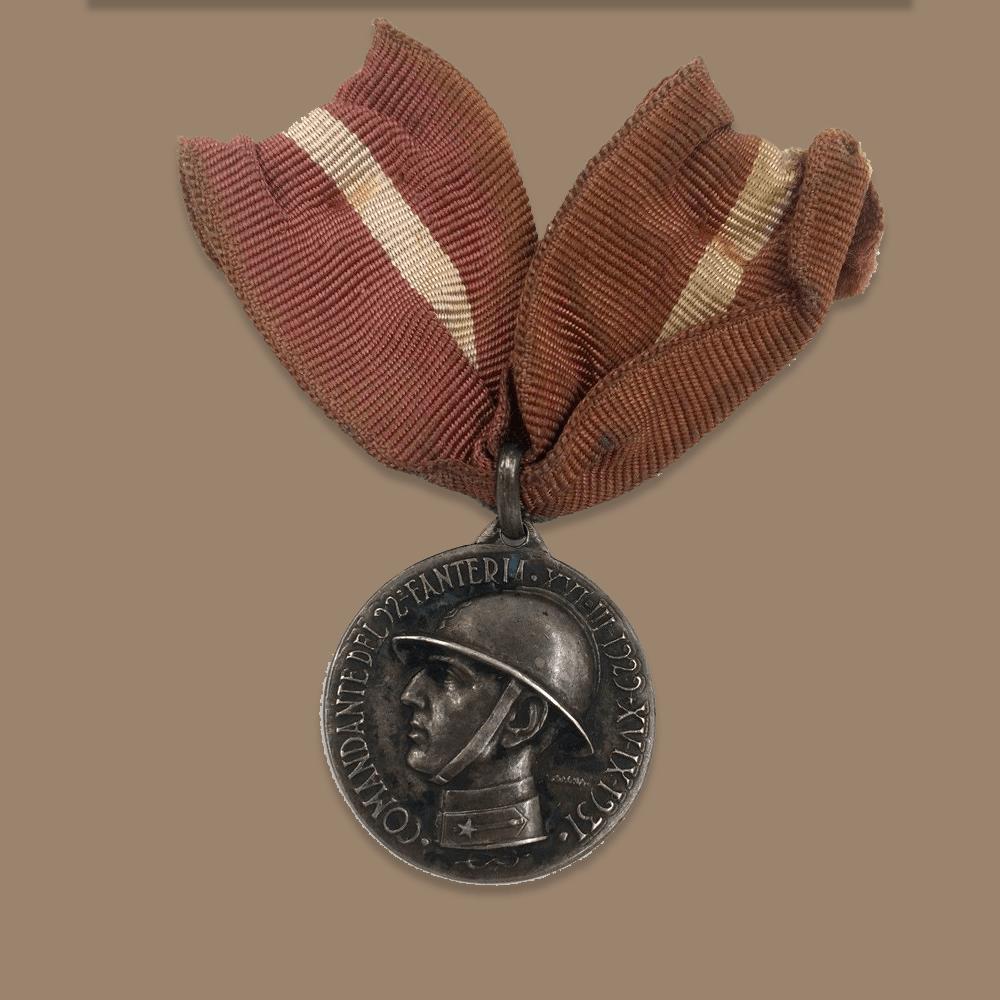 Vendita antiquariato - Oggetti da collezione: medaglia